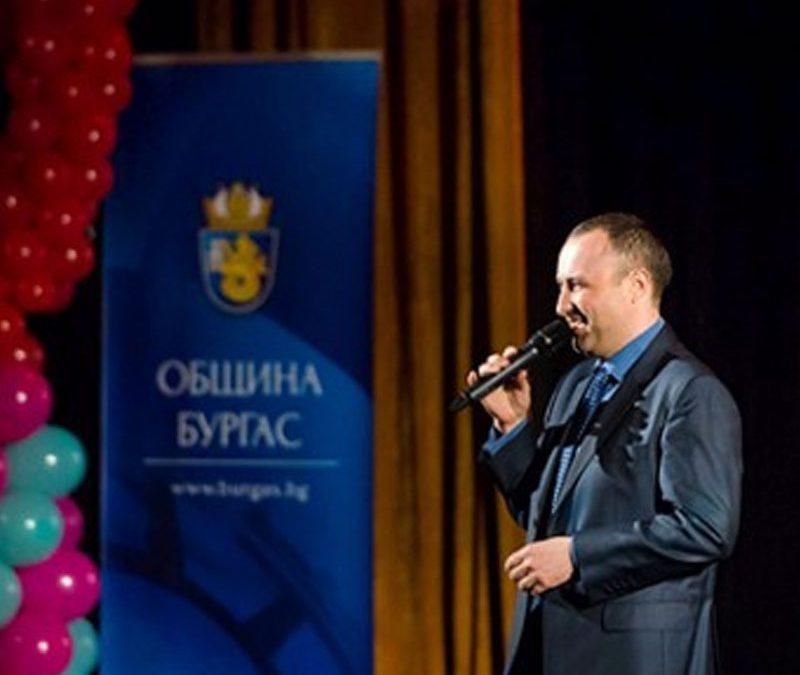 Над 10 000 лв. бяха събрани по време на благотворителния концерт за учителката Генка Димитрова